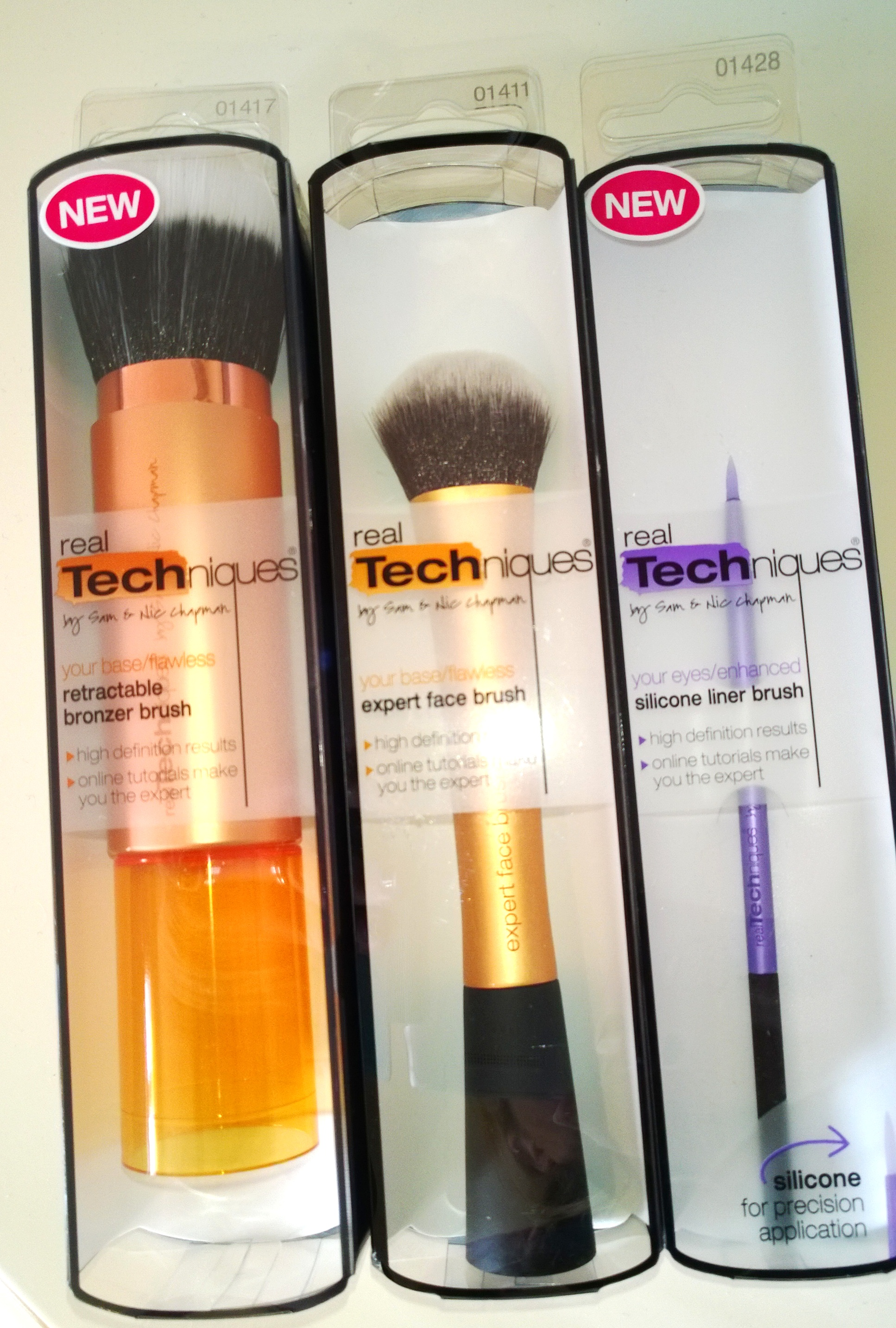 real techniques silicone liner brush review