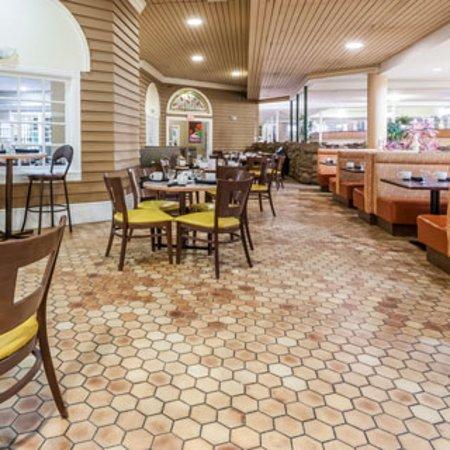 ramada edmonton conference centre reviews