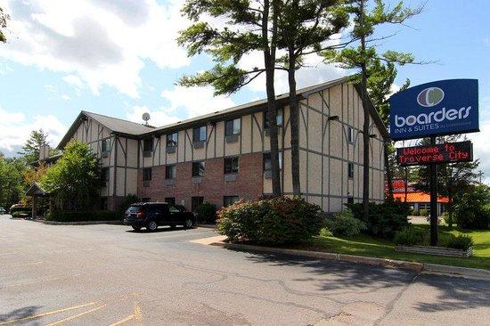 motel 6 traverse city reviews